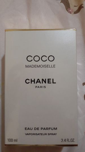 Coco Mademoiselle CHANEL for Sale in Los Angeles, CA