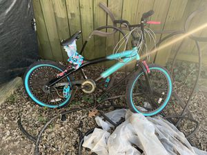 "Kent 20"" Tempest Girl's Bike, Black/Aqua for Sale in Virginia Beach, VA"