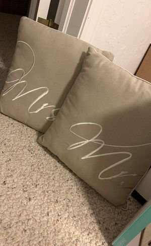 Mr. and Mrs. Pillow Set for Sale in Maynard, MA