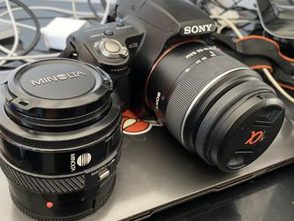 Sony a35 DSLR Camera & Minolta Lens for Sale in Los Angeles,  CA
