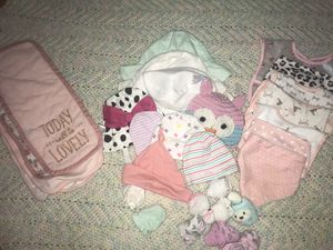 A baby girl accessory bundle ! for Sale in Fort Worth, TX