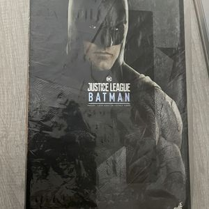 Hot Toys Batman JL for Sale in La Palma, CA