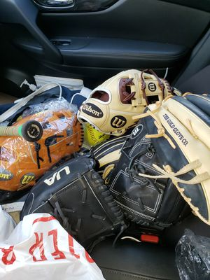 *Gloves* Baseball Wilson (A2000, A2K) Rawlings (Heart of the Hide) Marucci, Under Armour for Sale in Riverside, CA