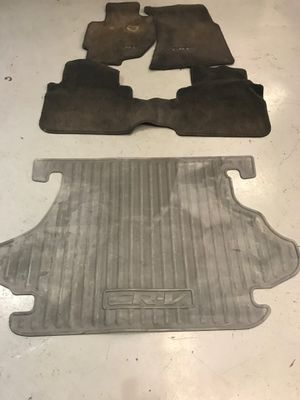 Crv floor mats and rear liner for Sale in Bremerton, WA