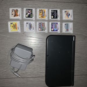"""""""New Nintendo 3ds XL"""" With A Bunch Of Games for Sale in Hialeah, FL"""