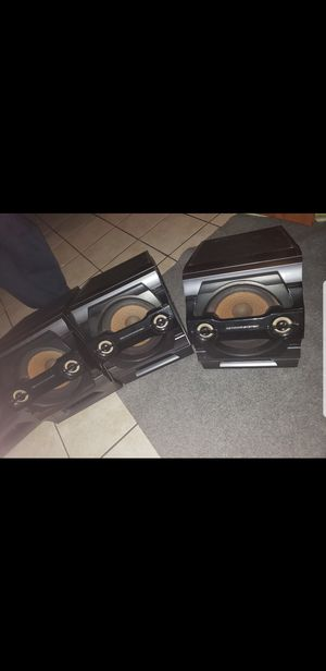 Sony system with 4 speakers almost new for Sale in Hialeah, FL