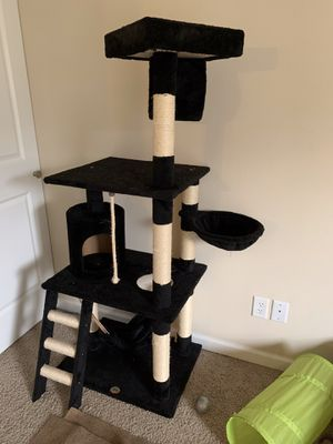 Cat tree for Sale in Chesterfield, MO