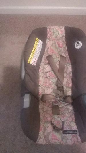 4 pack and play set to choose from, nice car seat for Sale in Clarksville, TN
