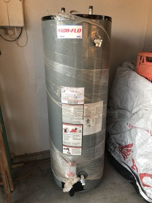 American made 40 gallon water for sale $320. for Sale in Apple Valley, CA