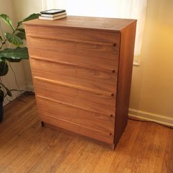 Vintage Modern Danish Teak Dresser for Sale in Gladstone,  OR