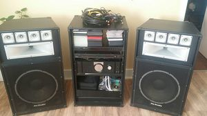 Technical pro,, tub80 am fm digital stereo tuner ,,2500 watts integrated amplifier for Sale in Phenix City, AL