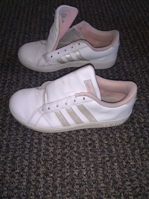 Adidas Shoes women size 5 for Sale in Chandler, AZ