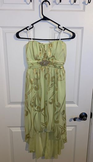 Juniors Prom Dress Size 5, Brand New for Sale in Clermont, FL