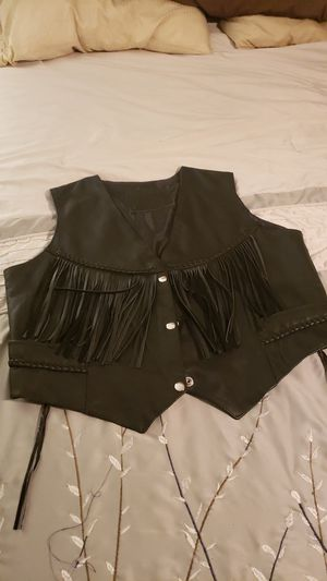 Womens leather vest for Sale in Kennewick, WA