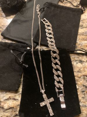 Cross pendant and Cuban link bracelet set for Sale in Zionsville, IN