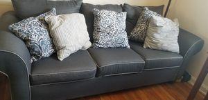 Vendo set de sofas estan nuevos solo tiene 1 mes que compre for Sale in Alexandria, VA