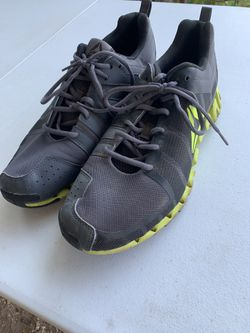Men's Reebok shoes for Sale in Miles,  TX