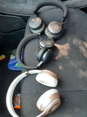 JBL,beats solo 2 for Sale in San Diego, CA