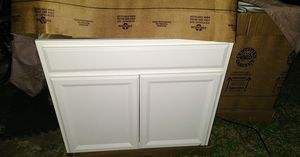 New white shaker style hardwood cabinets for Sale in Watauga, TX