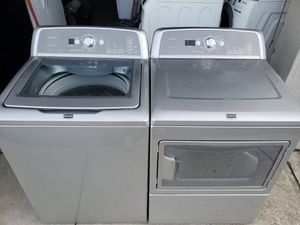 WHIRLPOOL CABRIO WASHER AND DRYER SET for Sale in Miami, FL
