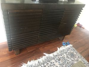 Entertainment unit/ Tv stand for Sale in Los Angeles, CA