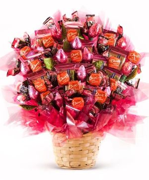 Valentine's gift candy bouquet for Sale in Jackson, MS