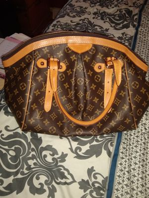 REDUCED PRICE!! Authentic Louis Vuitton Tivoli GM shoulder bag for Sale in Jefferson City, MO