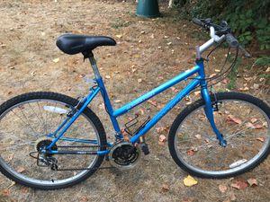 Girls Magna bike for Sale in Seattle, WA