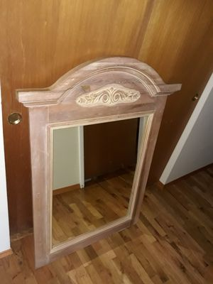 VERY NICE STRONG BEAUTIFUL FRAME MIRROR FOR SALE for Sale in Bellevue, WA