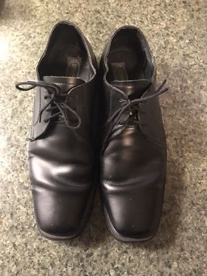 Men's Black Leather Dress Shoes for Sale in Chicago, IL