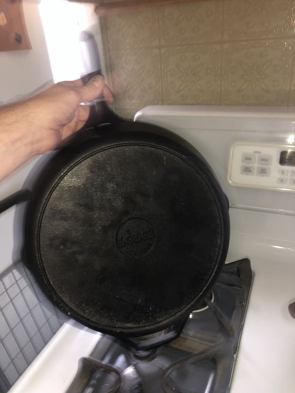 """Calphalon Cast Iron Grill Pan and Lodge cast iron 12""""skillet"""