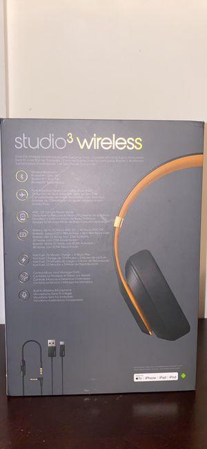 Beats studio 3 wireless skyline collection for Sale in Fairfax, VA