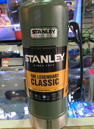 Stanley thermos New and original 1.1 qt for Sale in Miami, FL