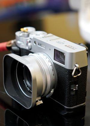 Fujifilm x100v for Sale in West Covina, CA