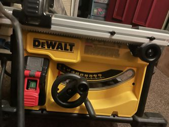 Like New Dewalt Table saw With Extra Blades for Sale in Yucaipa, CA