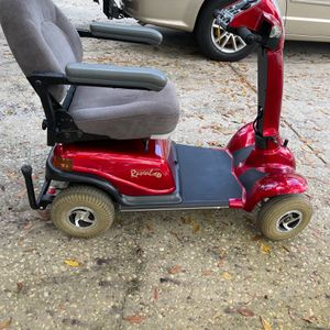 Rascal 300 4 Wheel Scooter , New Batteries , Very Well Cared For, Super Clean for Sale in Clearwater, FL
