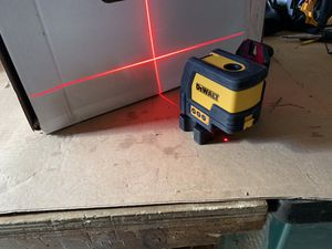 Dw0822 cross Line/plumb spot combination laser for Sale in Damascus, MD