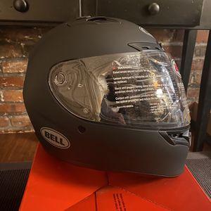 BELL Qualifier DLX MIPS Motorcycle Helmet for Sale in Salem, NH