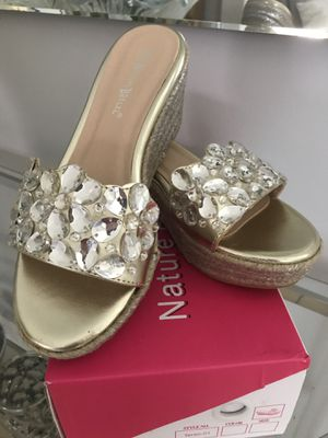 New Gold Sandals Wedges new in box Size 7 for Sale in Miami, FL