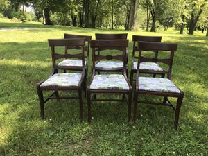 Dining room chairs for Sale in Pataskala, OH