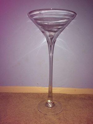 Tall Glass Martini Vase for Sale in Miami Beach, FL