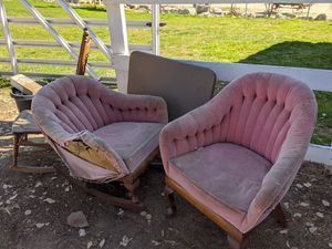 Really old barrel chairs from the 1950s for Sale in Temecula, CA