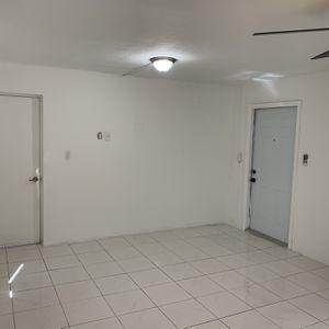 Studio Available 1/1 for Sale in Miami, FL
