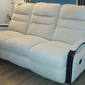 Living Room/ Sofa/ Recliner/ Couch for Sale in Palatine, IL