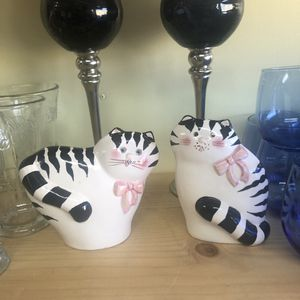 2 Sweet Hand Painted Black & White Ceramic Kitty Cat with Pink Bow Statuettes for Sale in San Jose, CA