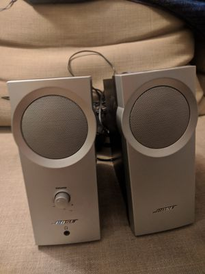 Bose speakers with aux cord for Sale in Jersey City, NJ