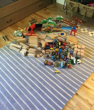 Thomas and friends wooden trains and Mellissa and Doug train tracks lot over 200 pcs for Sale in SUNNY ISL BCH, FL