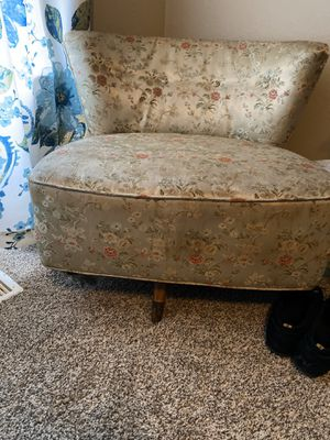Antique chair for Sale in Columbia, MO