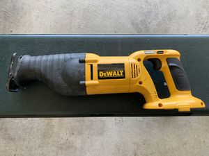 DeWalt 18v reciprocating saw / Sawzall quick release blade lever. Battery not included!! for Sale in Tacoma, WA