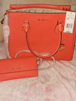 Michael Kors Coral Reef Purse And Matching Wallet for Sale in Philadelphia,  PA